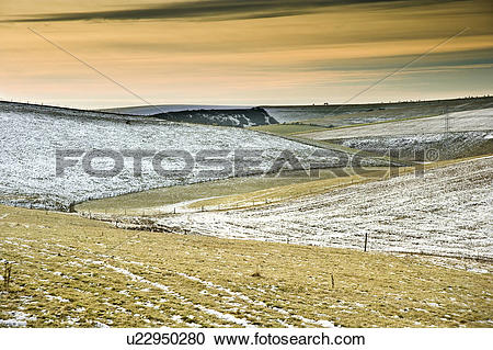 Stock Photography of England, West Sussex, Devil's Dyke. Winter.
