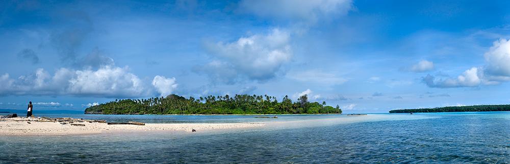 Duke of York Island : Papua New Guinea : True North Mark.