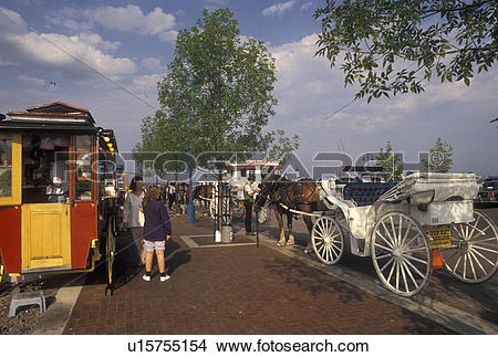 Stock Photo of carriage ride, Duluth, MN, Minnesota, Lake Superior.