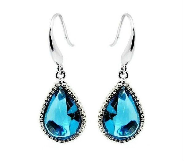 Free Earring Clipart Image.