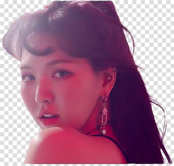 Red Velvet Bad Boy MV, woman wearing silver.
