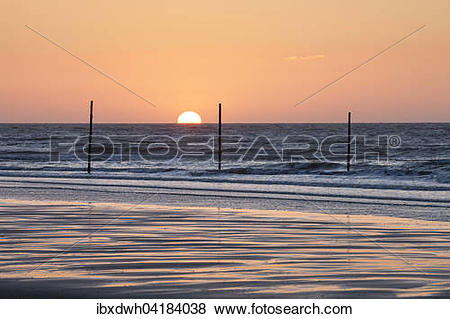 Pictures of Sunset on the North Sea coast, Wangerooge, East.