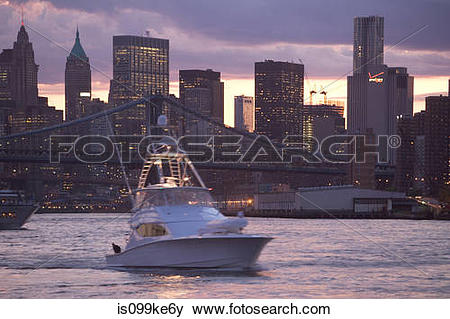 Pictures of Boat on East River, New York City, USA is099ke6y.