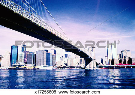 Pictures of Brooklyn Bridge Crossing the East River x17255608.