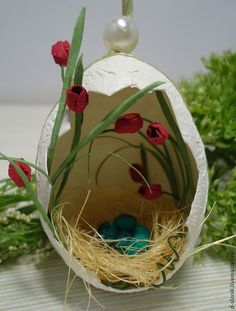 20 Ideas to Recycle Egg Shells and Create Floral Table.