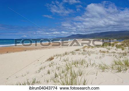 Stock Photo of Beach on the east coast, Tasmania iblrun04043774.