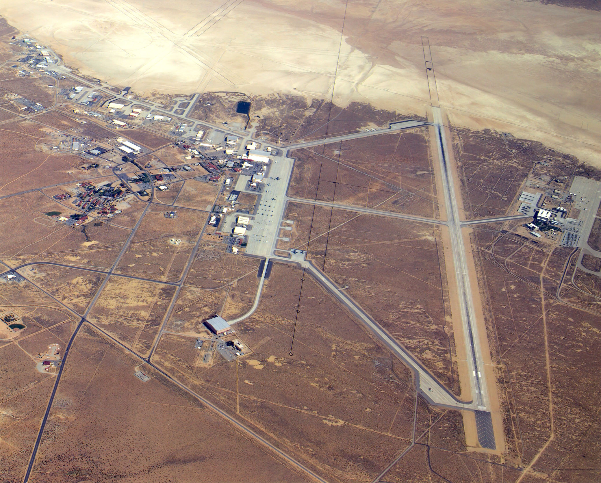 Peste 1000 de idei despre Edwards Air Force Base pe Pinterest.