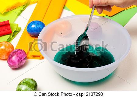 Stock Fotografien von flüssiglkeit, Farbe, Eier, löffel, grün.