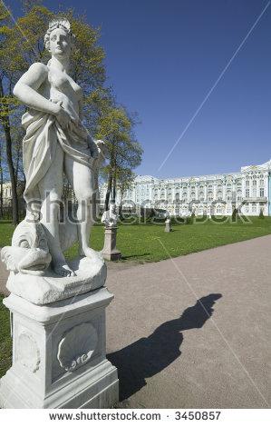 Ekaterininsky Lizenzfreie Bilder und Vektorgrafiken kaufen.