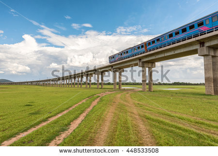 Elevated Train Stock Photos, Royalty.