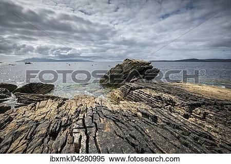 Stock Image of Verwittertes Lavagestein in der Bucht von Elgol.