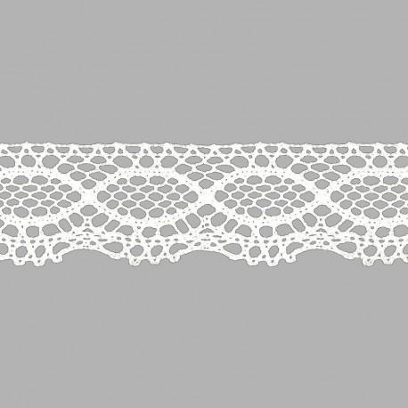 Puntilla de encaje de bolillos acrílico 100% de 42 mm. de ancho color blanco.