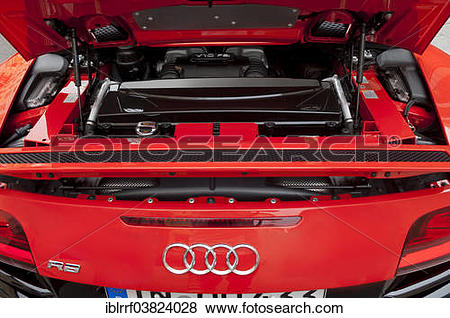 "Pictures of ""Audi R8, V10 engine, opened engine compartment."