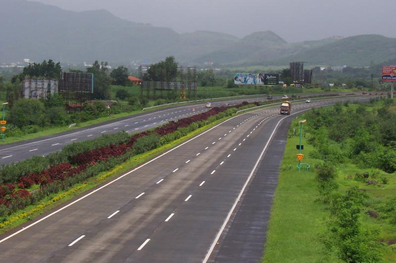 8 Best Road Trips To Set Out In India.