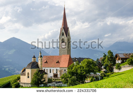 Trentino South Tyrol Lizenzfreie Bilder und Vektorgrafiken kaufen.