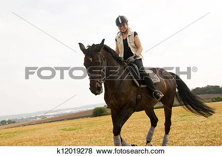 Pictures of Equestrienne k12019278.