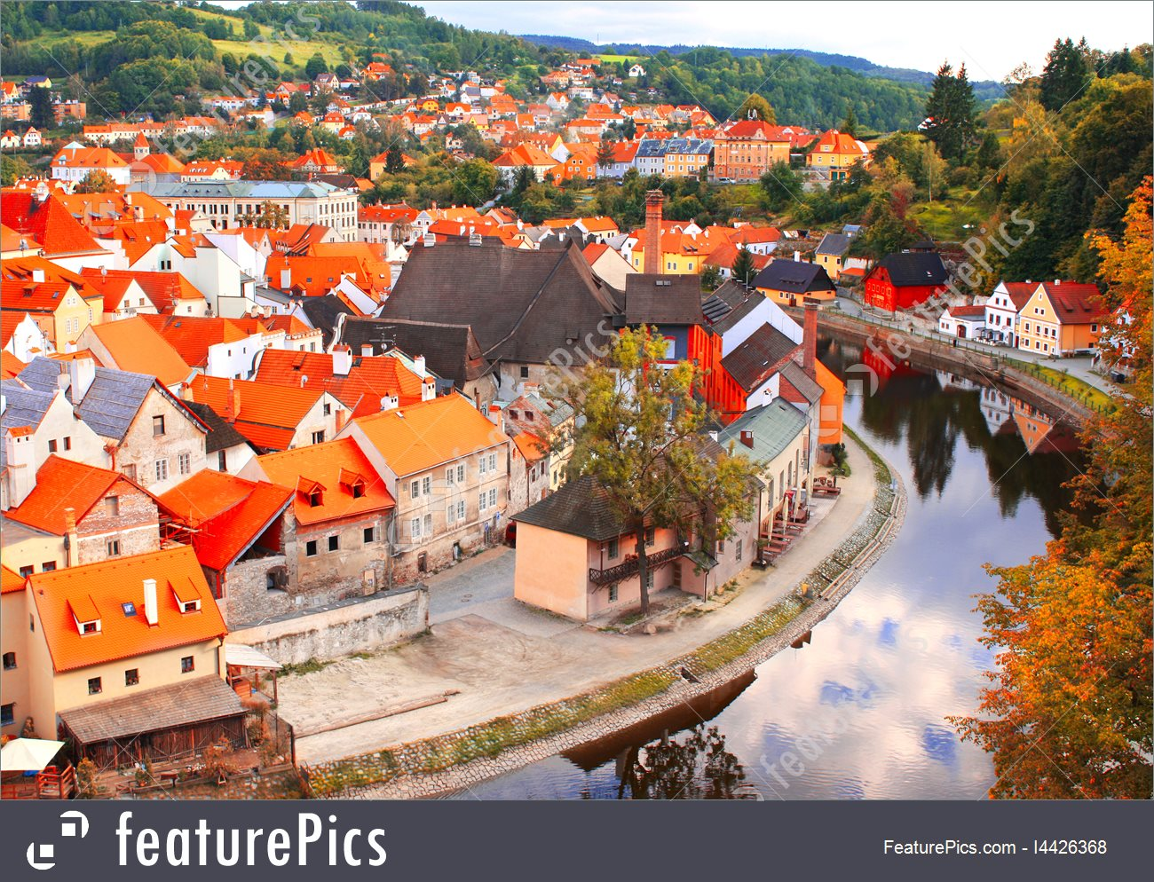 View Of Old City Cesky Krumlov, Czech Republic Picture.