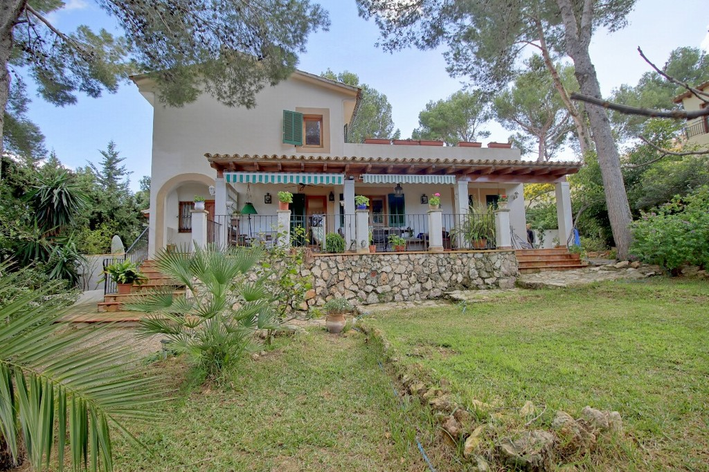 Property in Mallorca for sale & long term rent.