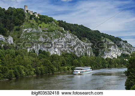 """Pictures of """"Excursion boat on the Main."""