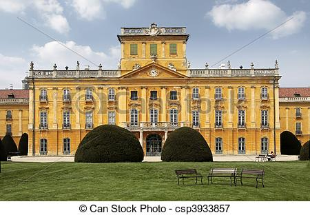 Picture of Palace of Esterhazy.