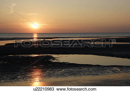 Stock Photo of beach, coast, ebb, evening, evening atmosphere.
