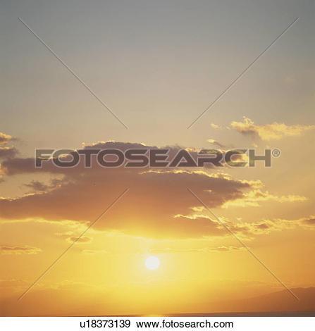 Stock Photograph of Evening Glow u18373139.