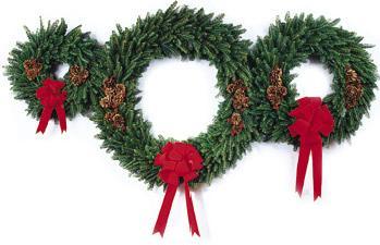 Clipart of Christmas Wreaths & Garlands.