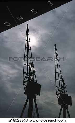 Stock Images of England, London, Docklands, A view of derelict.