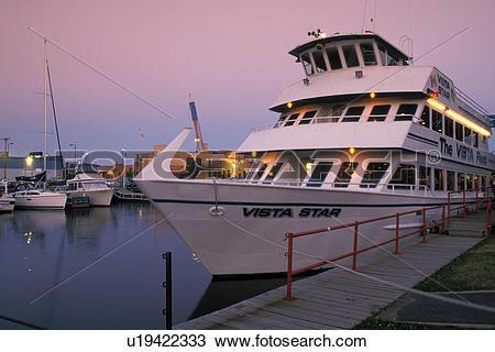 Stock Photo of tourboat, Duluth, MN, Minnesota, Vista Fleet/Duluth.