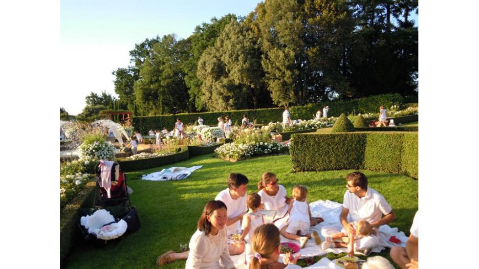 Let's Dance, Summer White Picnics in the Eyrignac Manor Gardens.