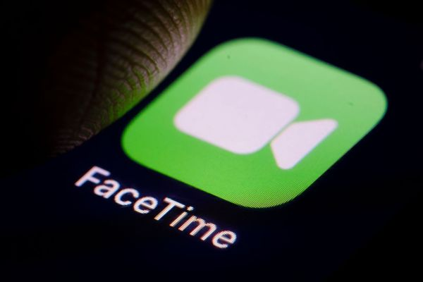 FaceTime Bug May Let Callers Hear You Before You Answer.