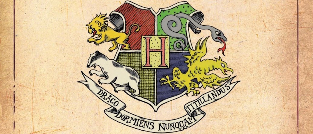 WB Unveils Fantastic Beasts Logo for Harry Potter Spinoff.