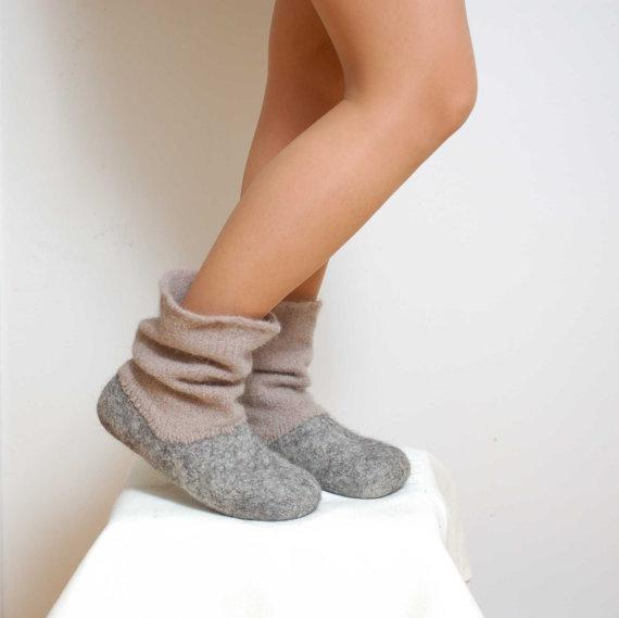 Felted wool slipper boots Grey organic wool felt boots.