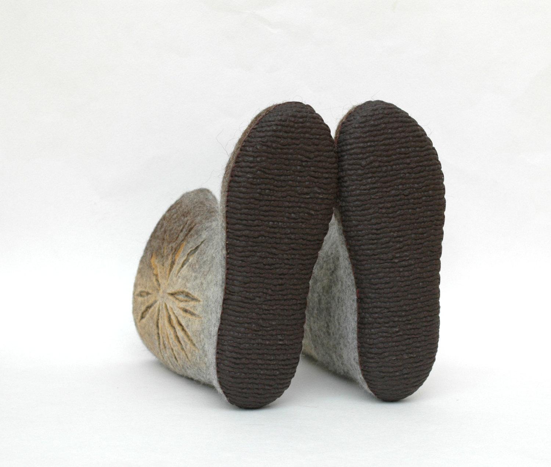 Slipper boots.