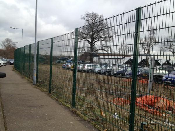 Mesh Panel Fencing Contractors Basildon Essex.