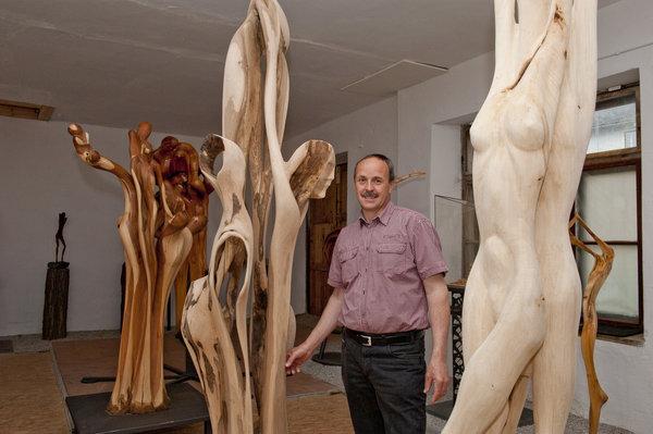 """Ausstellung """"Sehnsucht"""" von Ferdinand Lackner am 1. April im."""
