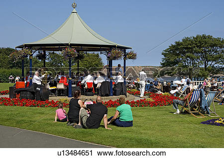 Stock Photography of England, North Yorkshire, Filey, People.