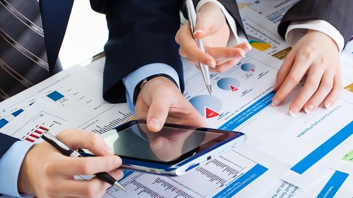 Choosing Between Different Financial Jobs? Here's An Insight.