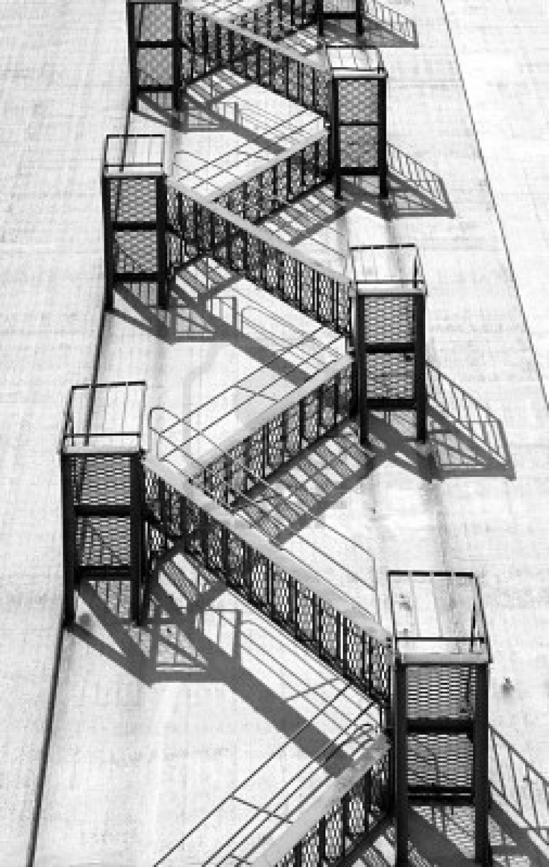 1000+ images about archi 5 // fire escapes ••• on Pinterest.