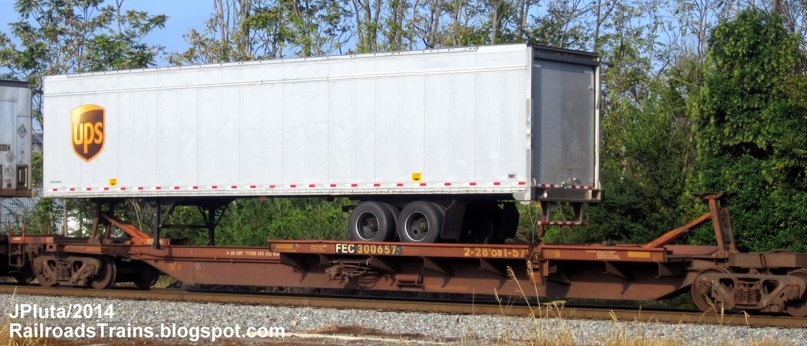 FEC 300657 Flatbed Rail Car Piggy Back UPS Truck Trailer United.
