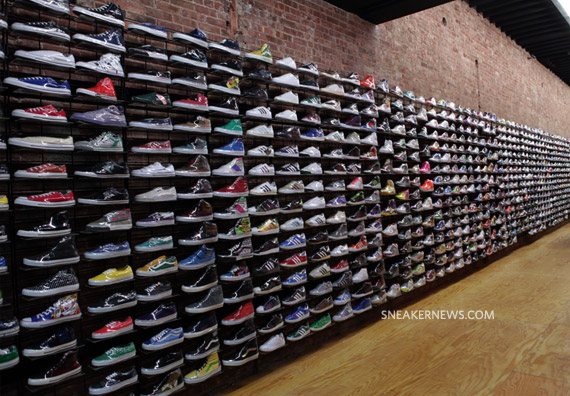 Flight Club @ 812 Broadway.