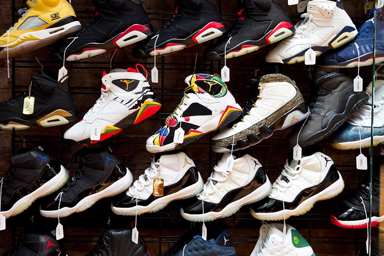Flight Club.