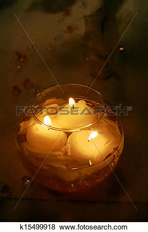 Pictures of Floating candles in water k15499918.