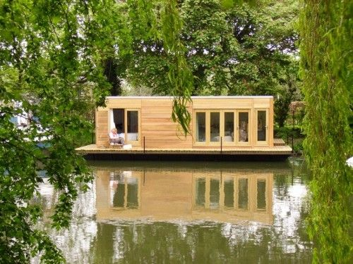 Eco Friendly Floating Boat Homes.