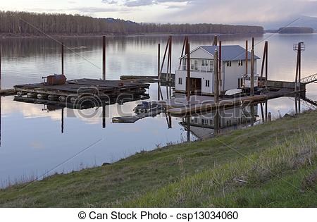 Stock Image of Floating house on the Columbia river..