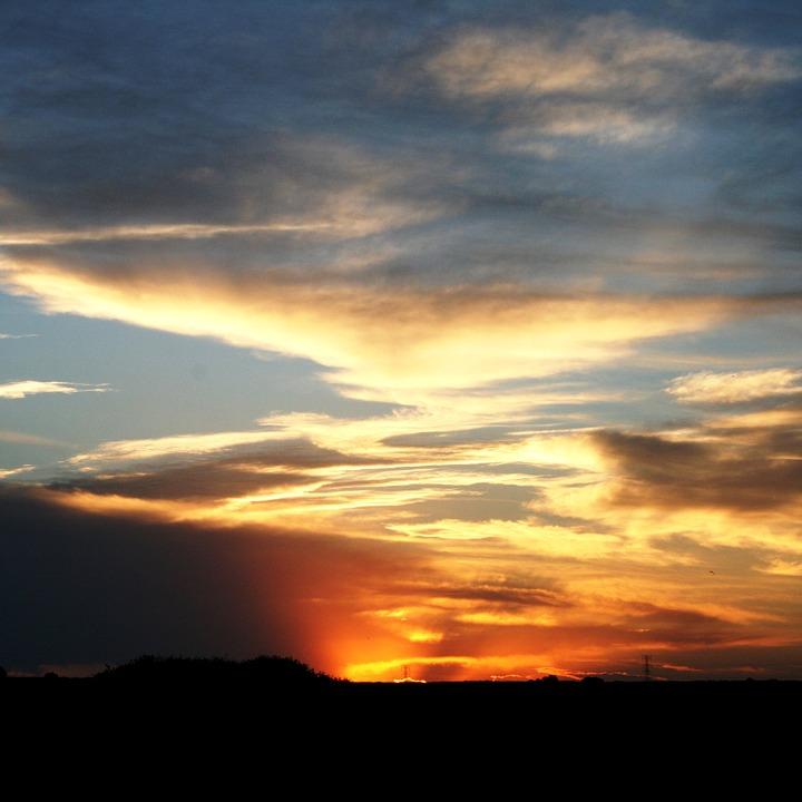 Free photo Orange And Yellow Sundown Flocky Cloud Streaky.