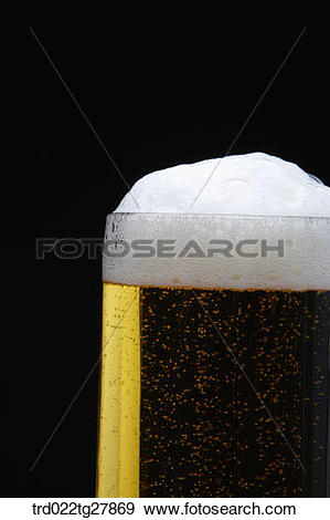 Stock Photograph of draft beer with foams trd022tg27869.