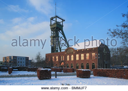 Cloud Snow Coke Stock Photo, Royalty Free Image: 115096967.