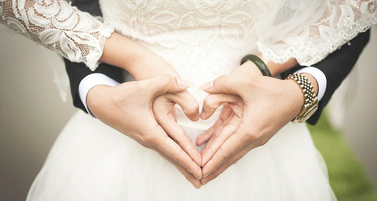 100 plantillas de invitaciones de boda gratis para descargar.