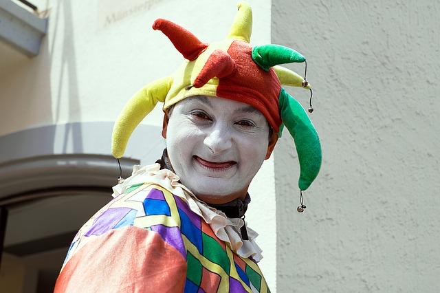 Free photo Gaugama Handset Fools Guild Ulm Fool Dressed Up.